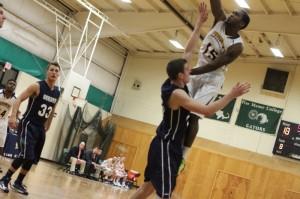 Bashir Hudson (11 points) elevates
