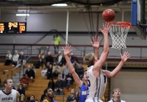 Hans Miersma gets a high percentage basket