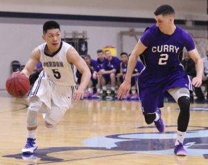 Jaren Yang defended by Jordan Vieira