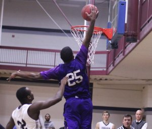 Danny Brooks dunks