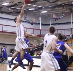Jake Haar (13 points) gets off a floater in the lane that turned out to be the game-winner with eight seconds left